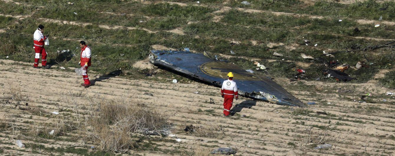 """Сенсационная запись разговора с диспетчером аэропорта Тегарана. Пилот иранского самолета видел попадание ракеты в борт """"МАУ"""""""