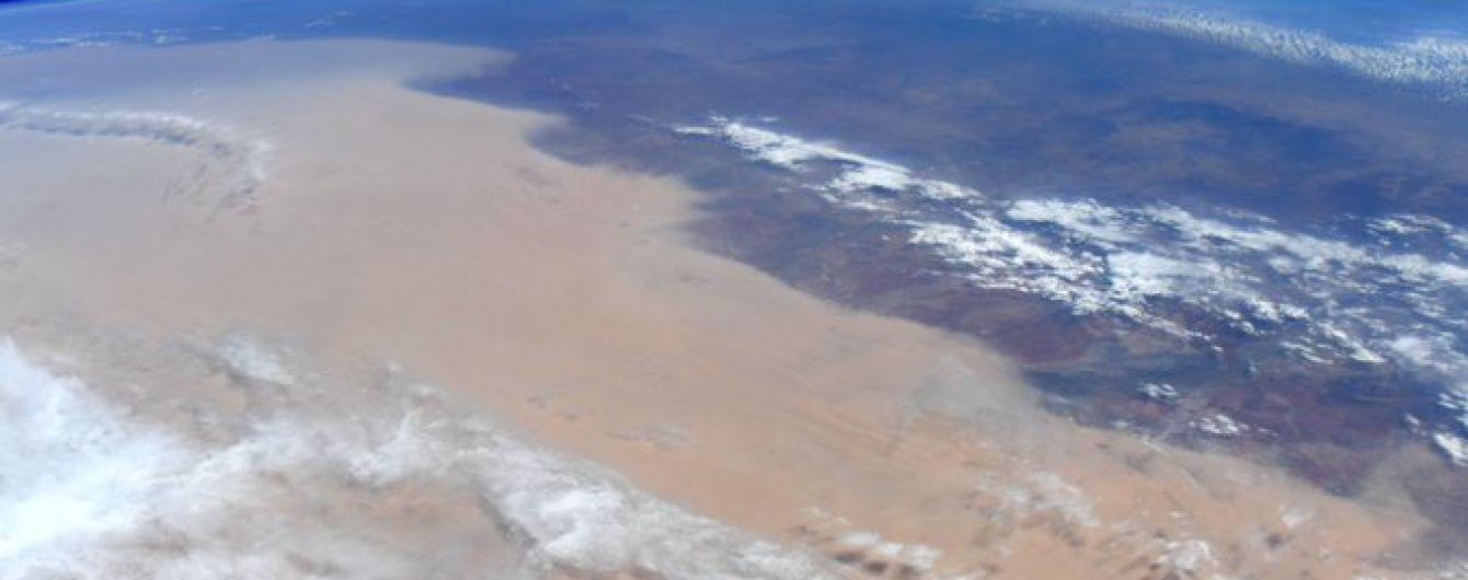 Астронавтка з МКС показала, який вигляд мають нищівні пожежі в Австралії з космосу