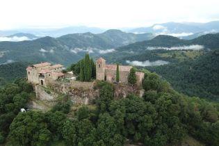 В Іспанії туристам здають в оренду середньовічний замок