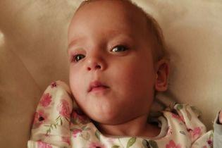 Полуторагодовалая Катеринка нуждается в длительной и дорогостоящей реабилитации