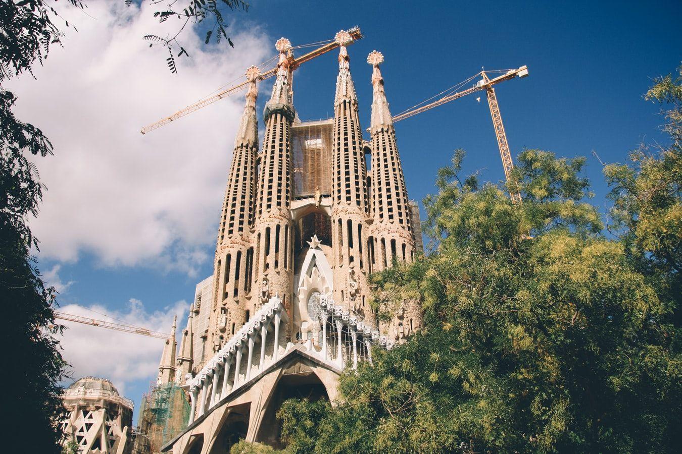 Саграда Фамілія, храм Святого Сімейства(Барселона,Іспанія)