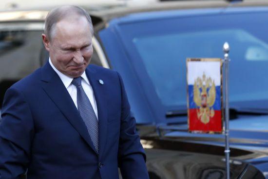 Рейтинг Путіна обвалився до найнижчого за останні 14 років рівня - опитування