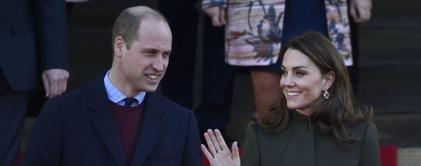 Вперше після сімейного скандалу принц Вільям та Кейт вийшли у світ