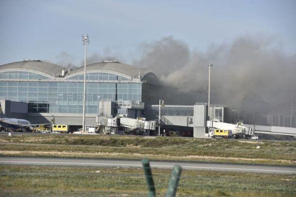 Аліканте Ельче аеропорт пожежа_06