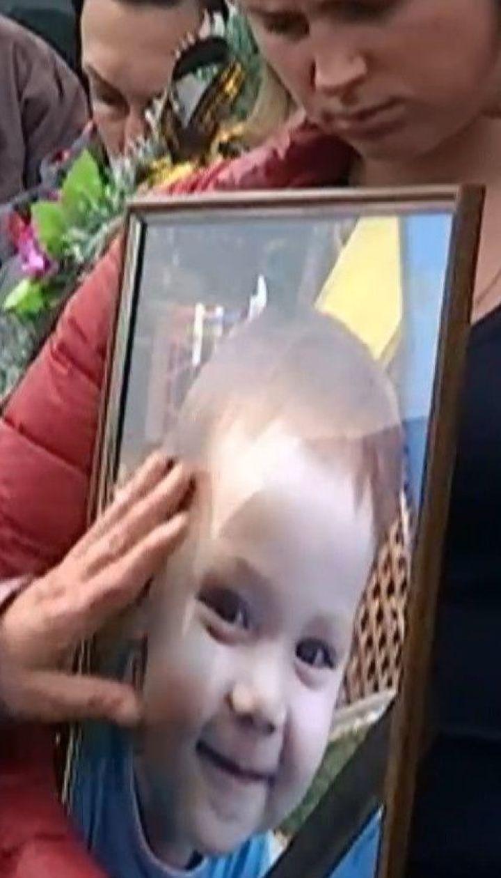 Суд отпустил мужчину осужденного на 10 лет за убийство двухлетнего сына своей сожительницы