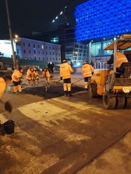 Прорив теплотраси біля Ocean Plaza: у КМДА прозвітували про закінчення ремонту та відновлення руху