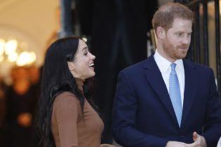 """Принц Гарри """"отказался"""" от друзей после свадьбы с Меган - СМИ"""