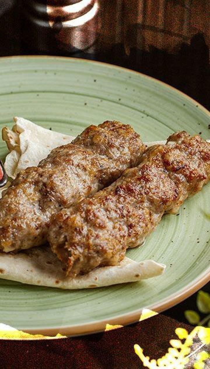 Люля-кебаб із свинини