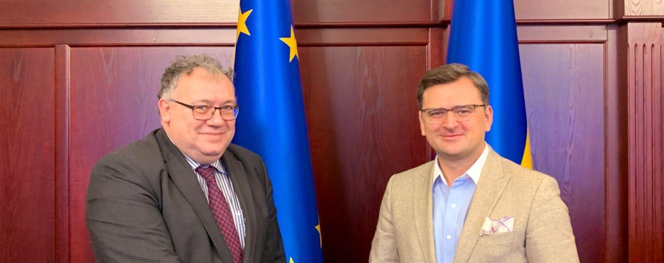 Скандальный глава МИД Венгрии собрался в Украину. Комиссия не заседала семь лет