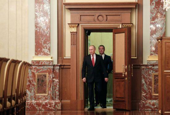 Медведєв пішов з посади прем'єр-міністра, бо не згодний з конституційними реформами Путіна - ЗМІ