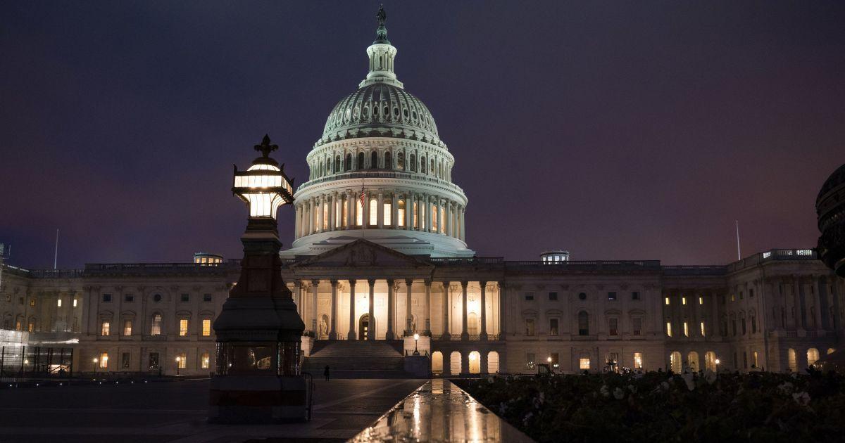 """Палата представників Конгресу США ухвалила резолюцію про посилення санкцій проти """"кухаря Путіна"""""""