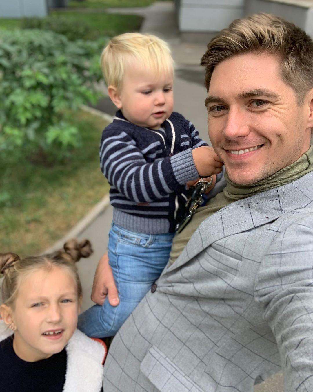 Володимир Остапчук з дітьми