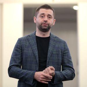 """Арахамия назвал условие, при котором """"Слуга народа"""" проголосует за отставку Гончарука"""