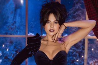 """""""Я горячая девушка"""": соблазнительная Настя Каменских снялась для мексиканского Playboy"""