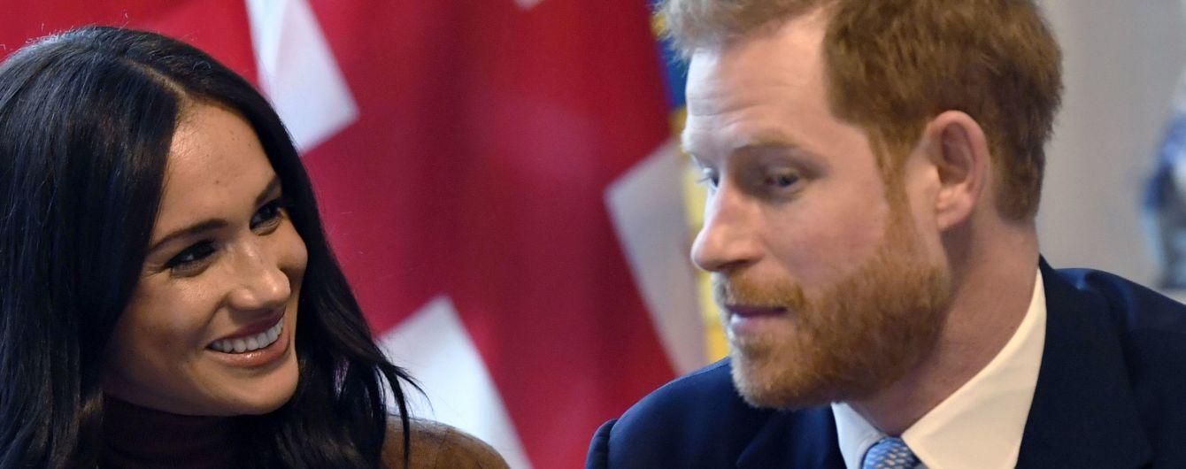 Гарри и Меган лишат королевских титулов. Они возместят 2,4 млн фунтов – Букингемский дворец