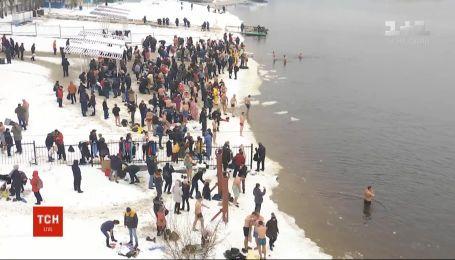 На Крещение более 3 тысячи спасателей будут следить за безопасностью на водоемах по всей Украине