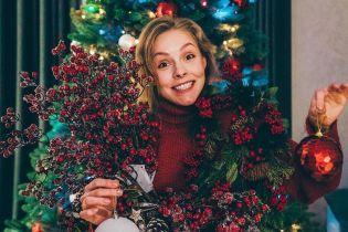 В семейном кругу и с фирменным салатом мамы: Алена Шоптенко рассказала, как отпраздновала Новый год