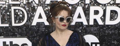 В блестящем платье и с элегантными очками: Хелена Бонэм Картер на премии SAG Awards