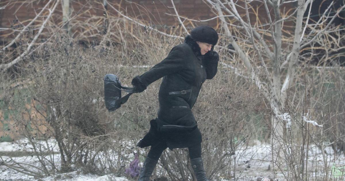 Без опадів, але холодно і вітряно: прогноз погоди в Україні на неділю, 7 березня
