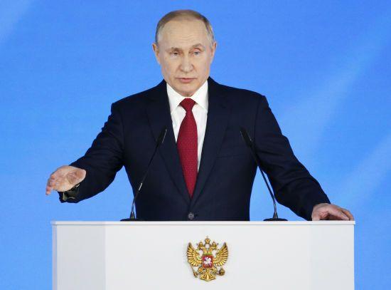 Путін заборонив російським військовим користуватися ґаджетами під час служби
