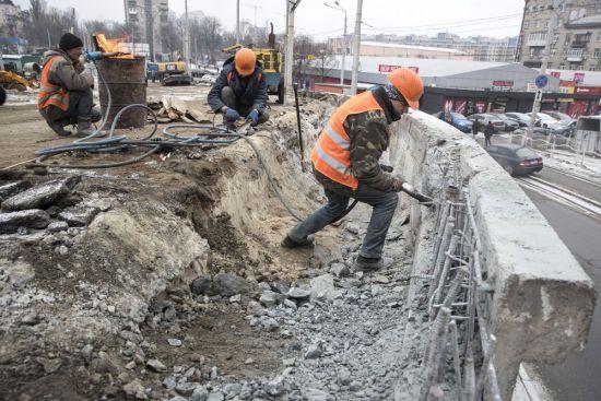 На Шулявському шляхопроводі в Києві облаштовують з'їзди