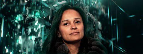 """Російське громадянство та звинувачення у корупції. Як найбагатша жінка Африки """"обікрала"""" Анголу"""