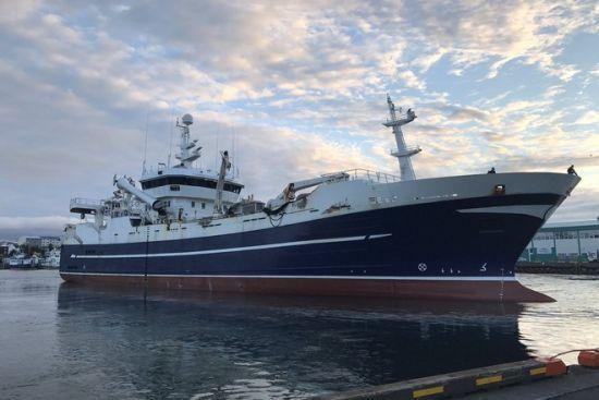 В Охотському морі сталася пожежа на риболовецькому судні