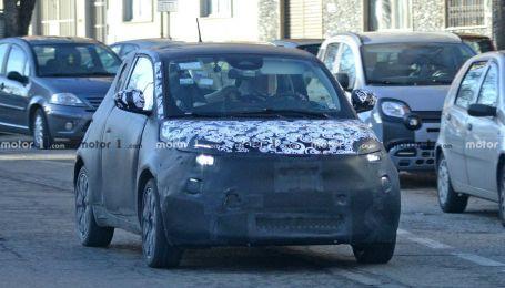 Автошпионы сняли электрокар Fiat 500 нового поколения на тестах