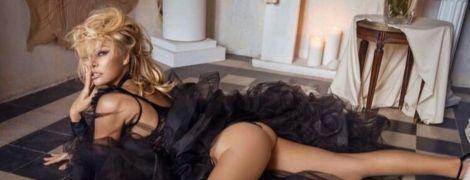 52-річна Памела Андерсон повністю оголилася для італійського глянцю