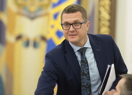 Подарунок за 15 тисяч гривень: НАЗК не перевірятиме можливе порушення закону Бакановим на ювілеї Суркіса