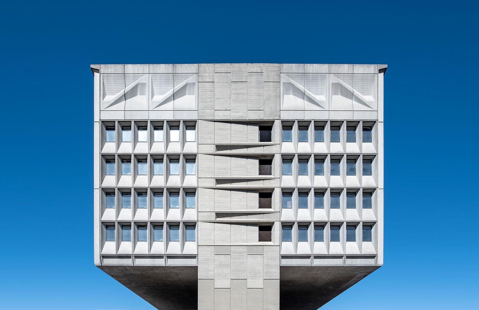 вежа  Марселя Брейера