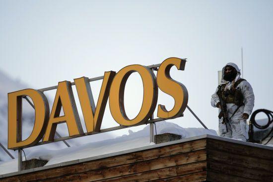 Шпигунський скандал. У Давосі затримали двох сантехніків із російськими дипломатичними паспортами