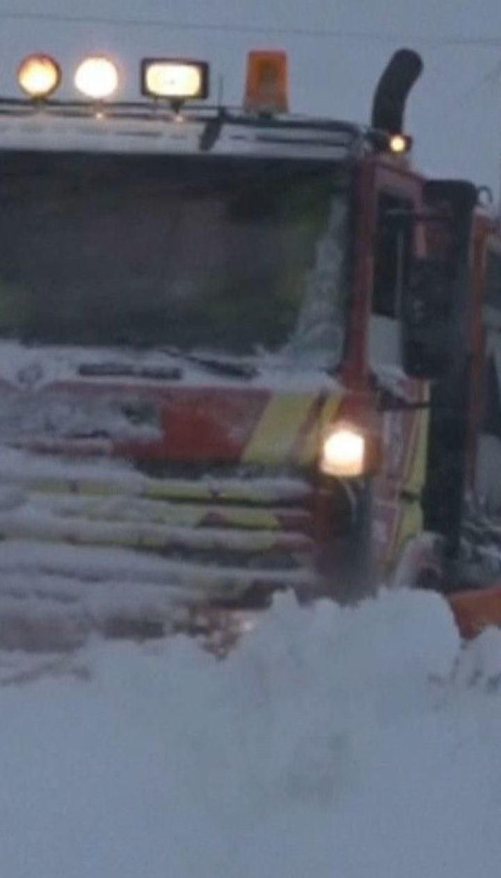 """Зимовий шторм """"Глорія"""" приніс до Іспанії та Франції хурделиці і паводки"""