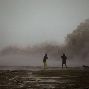 """В Испании увеличилось количество жертв шторма """"Глория"""". СМИ сообщают о гибели украинца"""