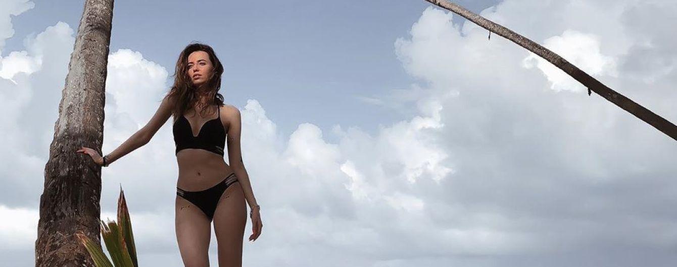 Надя Дорофеева показала, как муж ее мастерски сфотографировал в купальнике