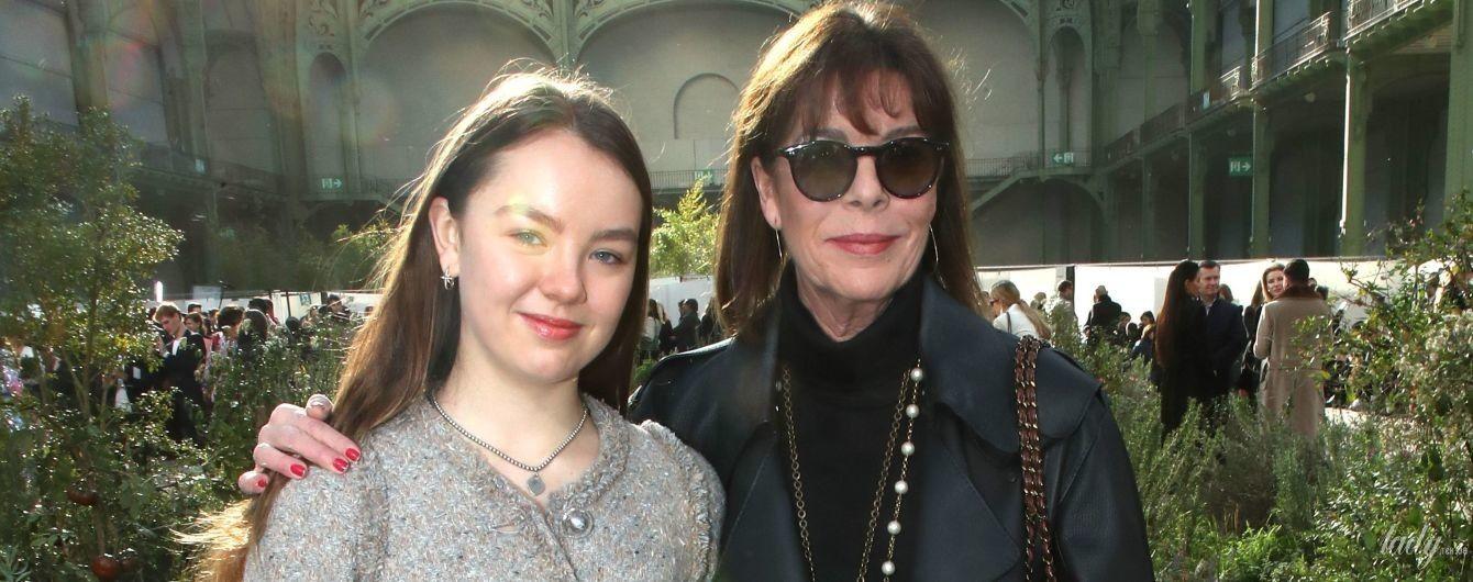 Стильні принцеси Монако - Кароліна і Олександра сходили на показ Chanel