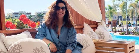 Джамала без макияжа обнажила ножки на отдыхе в Египте