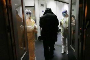 Убийственный коронавирус из Уханя. Медики впервые зафиксировали смерть от болезни за пределами Китая