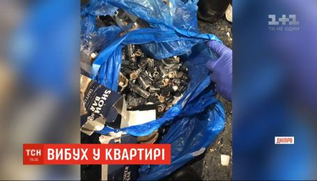 Робив вибухівку: унаслідок детонування пакета з петардами тяжких травм зазнали чоловік і дівчина