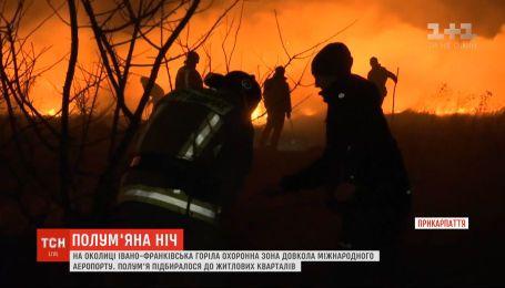 Вогняна ніч: одразу у кількох регіонах рятувальники гасили пожежі