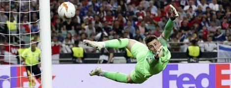 """""""Челсі"""" шукає заміну найдорожчому воротарю світу - The Times"""