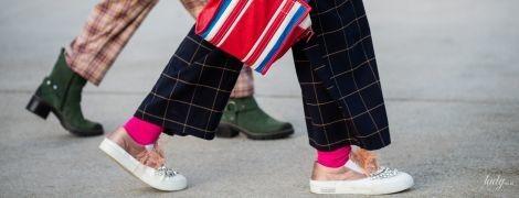 Мода для полных: актуальные брюки, которые стройнят