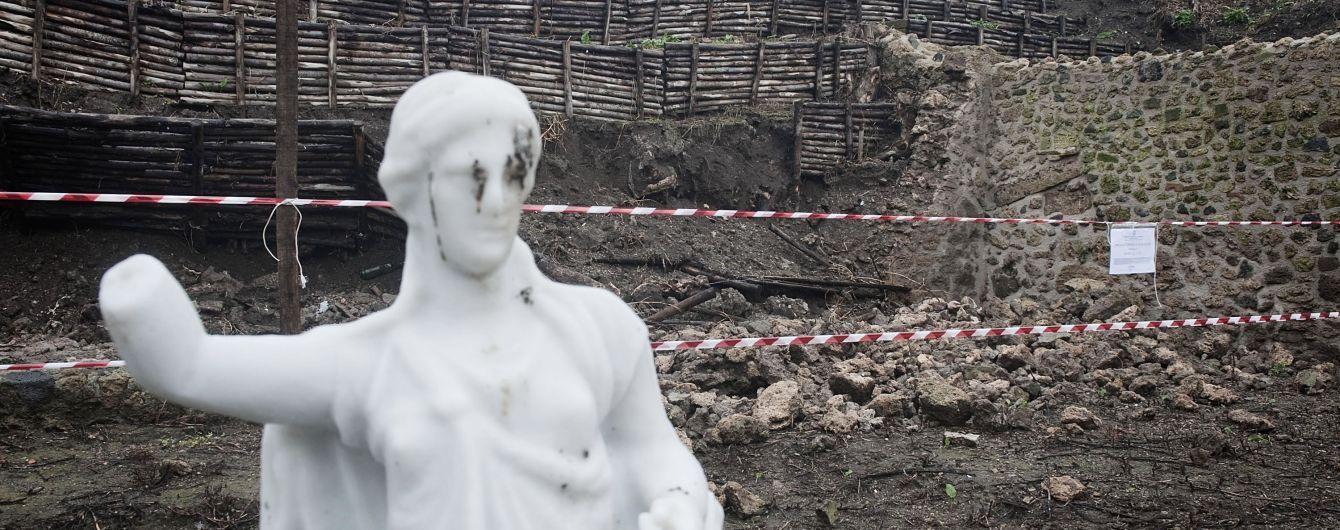 Возле места гибели Помпеи нашли странное черное стекло. Им оказался мозг жертвы вулкана