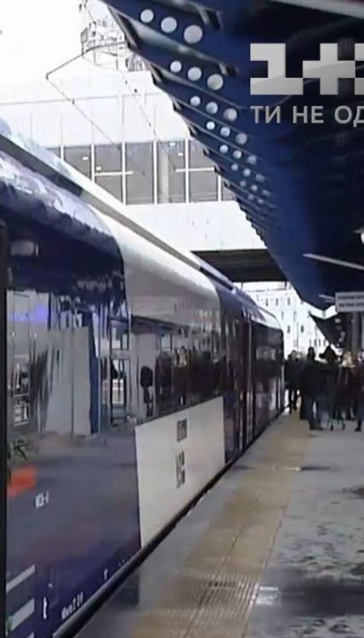 """Компанія Deutsche Bahn не збирається керувати """"Укрзалізницею"""""""
