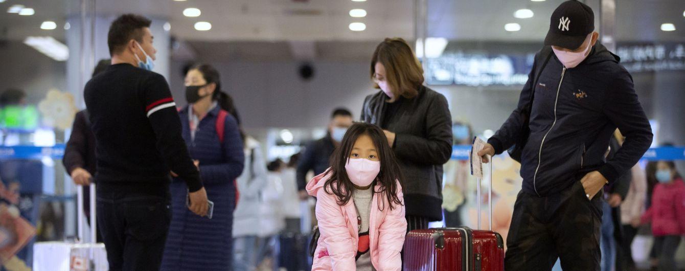 """""""Не наносит значительный ущерб"""": в Великобритании рассказали, как коронавирус влияет на детей"""