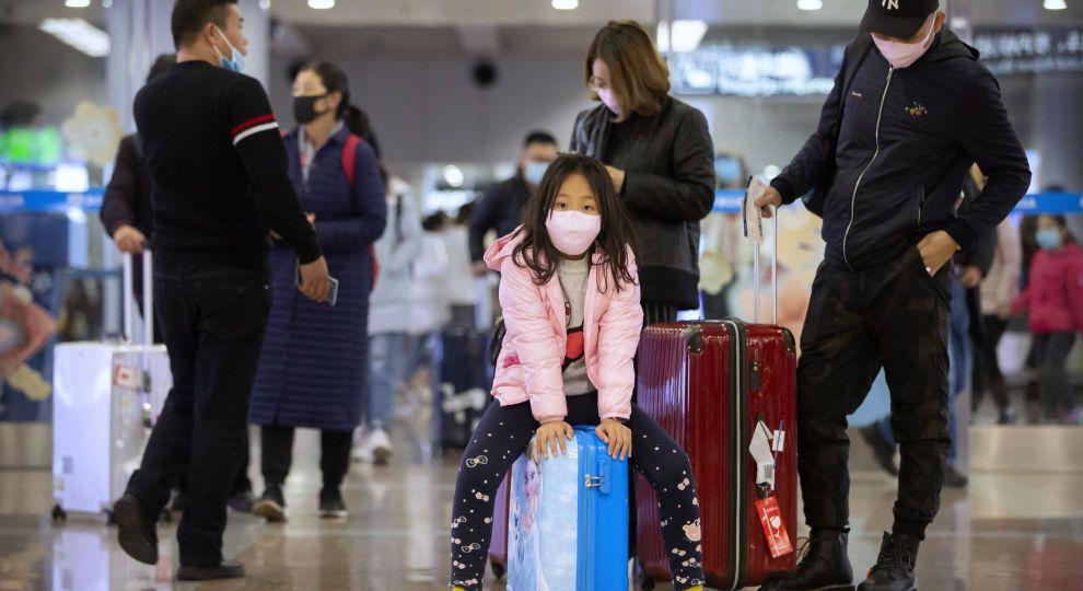 В Китае ввели запрет на продажу путевок для туристов через коронавирус