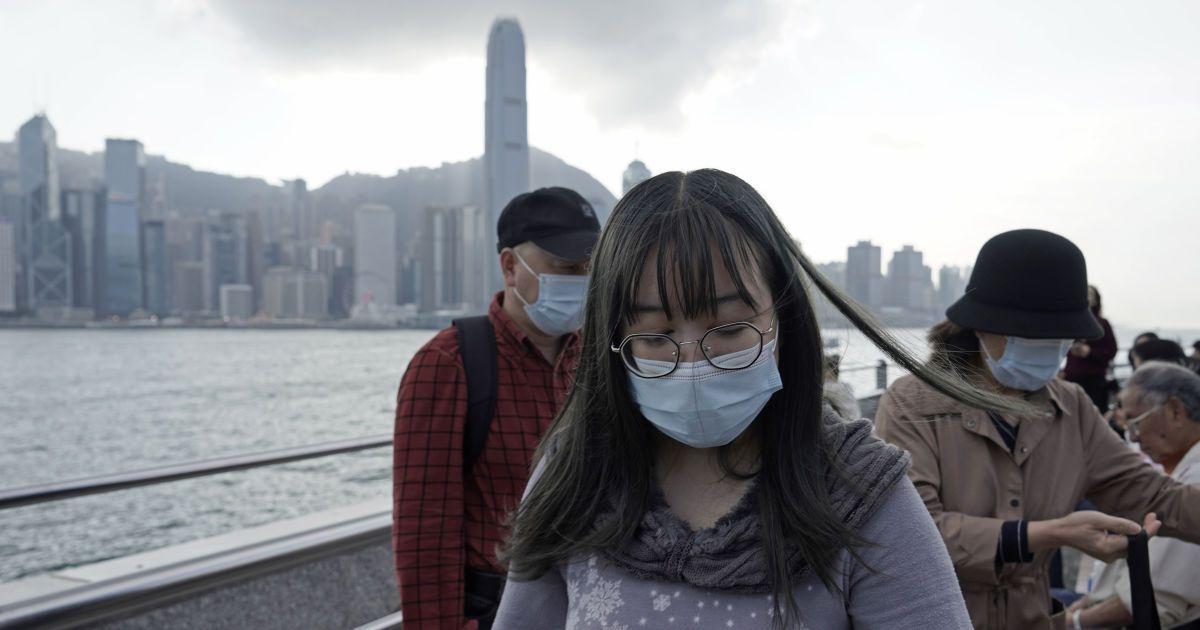 Китай сообщил о новых случаях коронавируса, среди которых четыре смерт