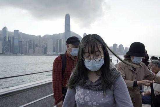 У Китаї ізолювали вже п'ять міст через коронавірус