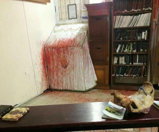 Правоохоронці затримали чоловіка, який оскверняв та підривав культові пам'ятники, могили та синагоги
