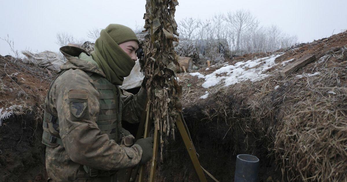 """Окупанти дев'ять разів порушили режим """"тиші"""" на Донбасі"""